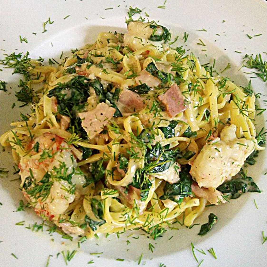 whole grain tagliatelle with prawns & spinach